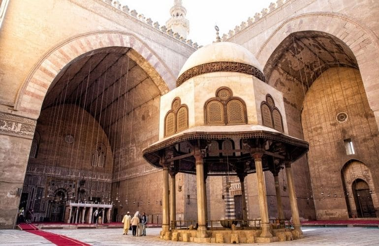 The Construction of the Mosque of Sultan Hassan