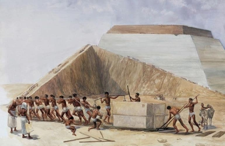 Were the Pyramids Built by Slaves